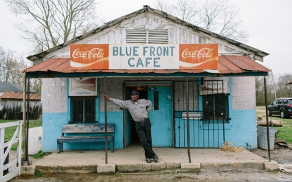 Blues Front Cafe