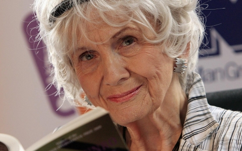 Thumbnail image for Alice Munro wins Nobel Prize in literature