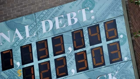 Thumbnail image for Deal or no deal, US debt problems linger
