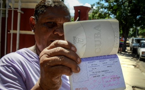 Thumbnail image for Cubans traveling overseas in record numbers