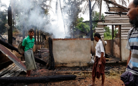 Thumbnail image for Deadly sectarian violence hits Myanmar