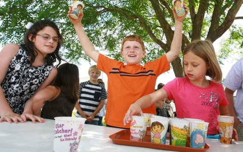 In April 2010, the students at Concord Elementary School in Anderson, S.C., sold lemonade on the playground to raise money for new landscaping for the school.