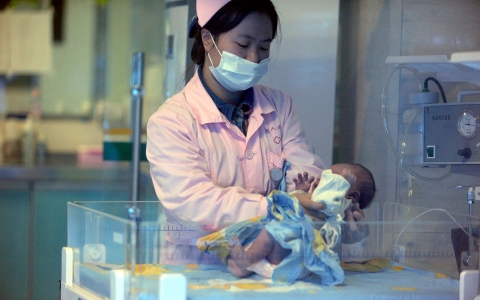 Thumbnail image for China's new family planning policy 'too little, too late'