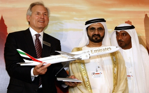 Thumbnail image for Boeing lands $100 billion in orders at Dubai Air Show