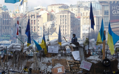 Thumbnail image for Ukrainian president suspends Kiev city officials to appease protesters