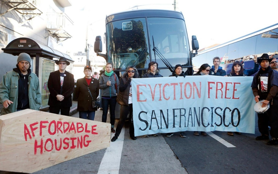 Protesters Upset By Evictions Block Apple Google Buses In