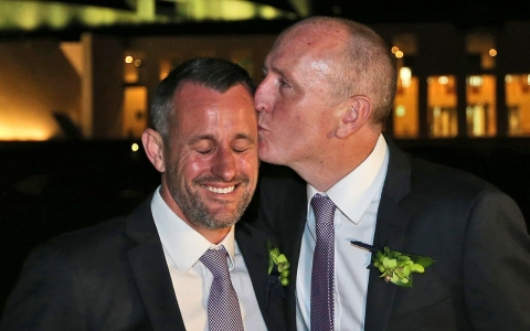 Thumbnail image for Australia holds first gay weddings but couples await legal ruling