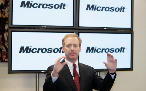 The chief lawyer for US software giant Microsoft, Brad Smith, announces new plan to combat government surveillance.