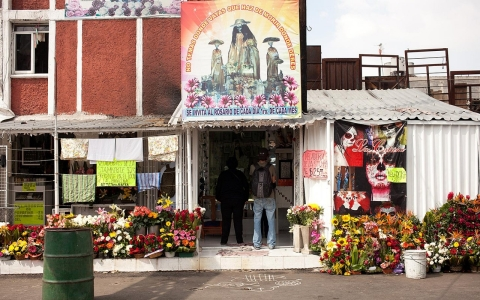 Take a tour of the barrio most Mexicans won't visit — if you
