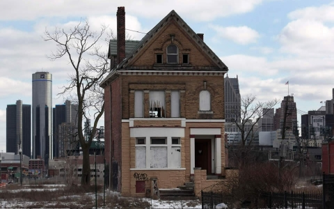 Thumbnail image for What Detroit's bankruptcy means for cities and workers