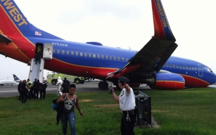 LaGuardia fully reopened after Southwest jet collapse