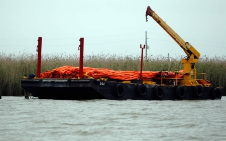 Louisiana board sues oil companies over coastal damage