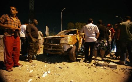 Libya explosions target government buildings