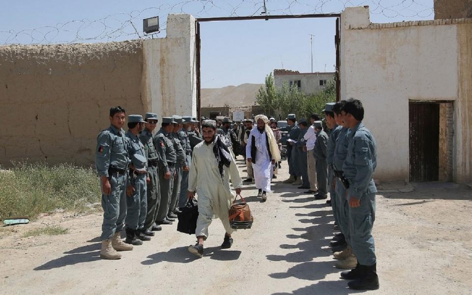پخوانی طالب چارواکی: حکومت دې د طالبانو په څېر جنګي بنديان خوشې کړي