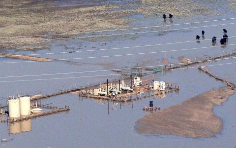 Thumbnail image for Flooded oil and gas wells spark fears of contamination in Colorado