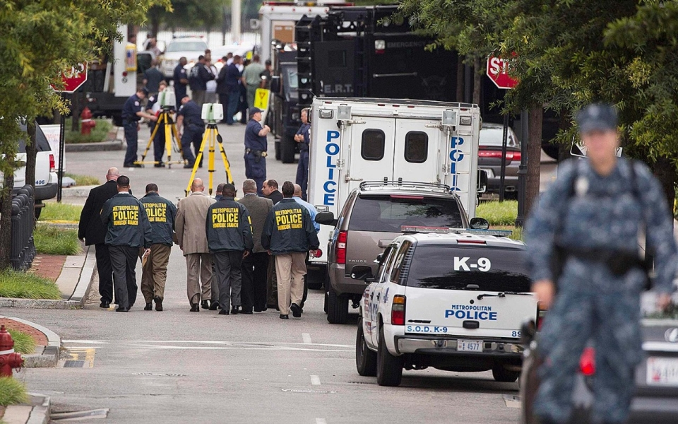 Police Respond to Report of Shooter at Navy Yard | Al Jazeera America