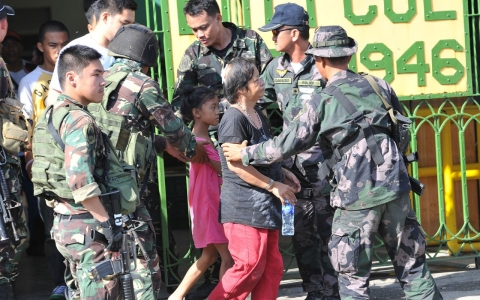 Thumbnail image for Philippine forces free dozens of hostages in besieged city