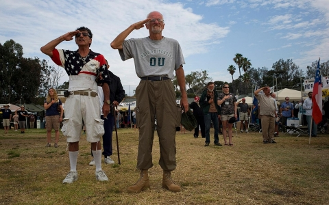 Thumbnail image for Photos: Homeless veterans stand down in San Diego