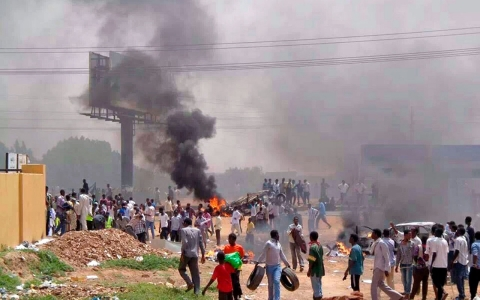 Thumbnail image for Rights groups accuse Sudan police of 'shooting to kill' during protests