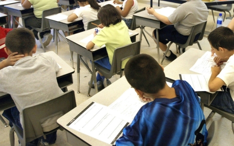 Thumbnail image for Parents spurn standardized tests in small, growing trend