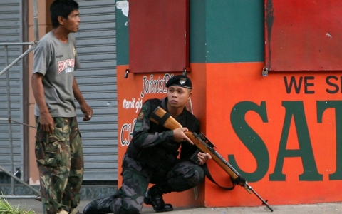 Thumbnail image for Rebels take hundreds hostage in Philippines