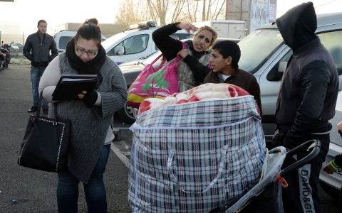 Thumbnail image for France deports record number of Roma
