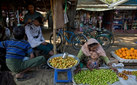 Thumbnail image for Myanmar: Buddhist group attacks Muslims