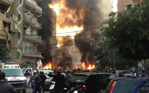 Thumbnail image for Deadly explosion rocks Beirut
