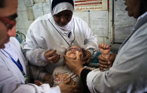 Thumbnail image for Syria excluded polio-afflicted province from vaccination campaign