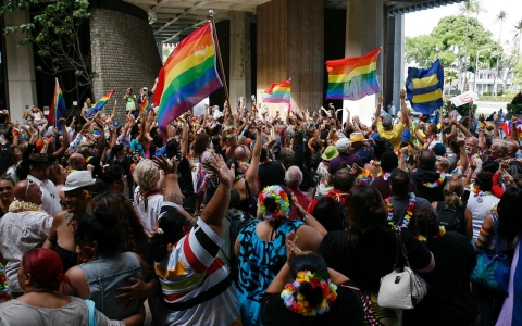 Thumbnail image for Hawaii governor signs same-sex marriage bill