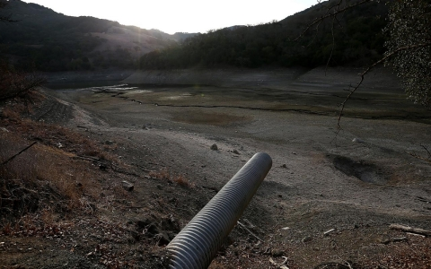 Thumbnail image for Amid drought, California says it won't allot water to local agencies