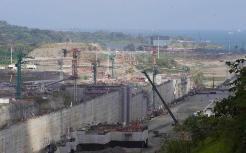 Thumbnail image for Panama Canal expansion threatened by dispute over costs