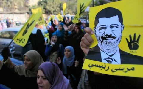 Thumbnail image for Morsi trial delayed due to 'bad weather'