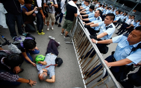 Thumbnail image for China warns of 'chaos' in Hong Kong, calls for safeguarding rule of law