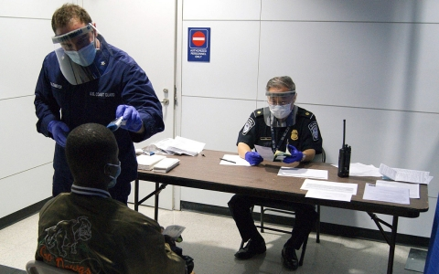 Thumbnail image for US limits travel from Ebola-hit countries to 'enhanced screening' airports