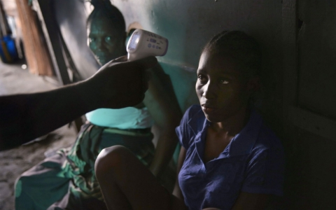 Thumbnail image for Charity scrambles as Liberia health care system collapses under Ebola