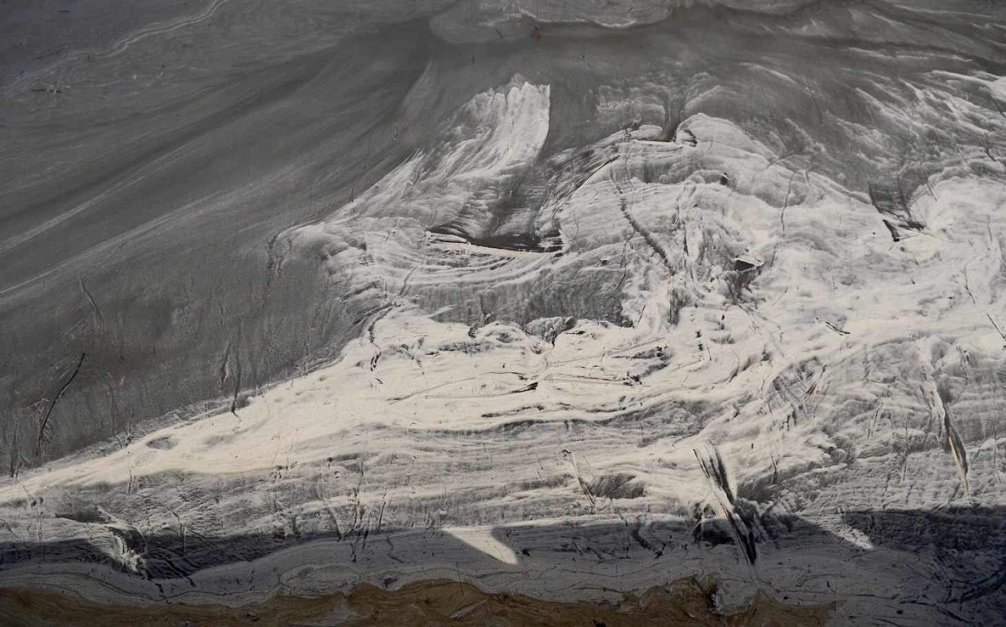Ash From Coal ~ Nc coal ash spill provokes state regulation but activists