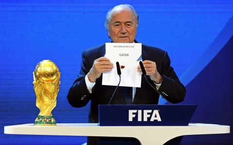 Thumbnail image for FIFA probe clears Qatar World Cup bid, but investigator questions finding