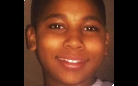 Thumbnail image for Boy, 12, dies after Cleveland police shot him over BB gun