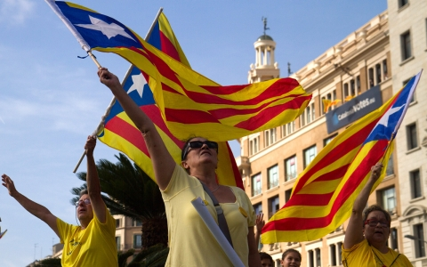 Thumbnail image for Spanish judge suspends Catalonia independence poll