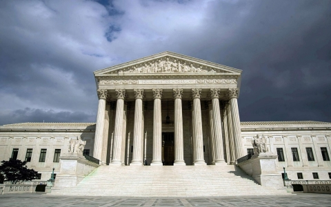 Thumbnail image for SCOTUS pickup of 'Obamacare' appeal rooted in cynicism, say legal critics