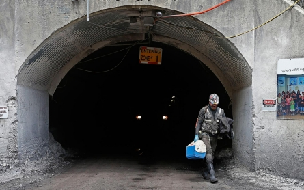 Coal mining deaths approach record low