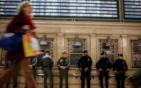 Thumbnail image for New York police engage in 'virtual work stoppage' amid rising tension
