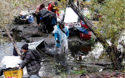 Thumbnail image for Silicon Valley homeless camp dismantled