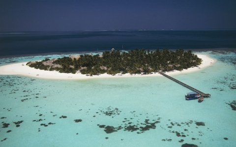Thumbnail image for Maldives capital in crisis as water supply dries up