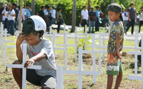Thumbnail image for Hope battles despair a year after Haiyan