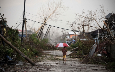 Thumbnail image for Opinion: After Typhoon Haiyan, a call for global climate justice