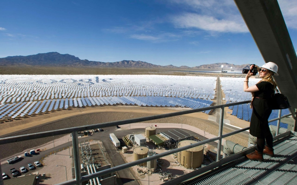 Largest Solar Plant In The World Opens In Us As Industry