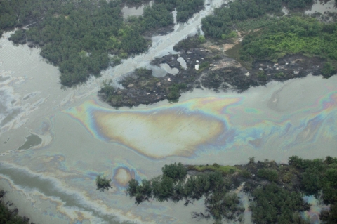 Thumbnail image for Oil spill coats river, sea in Nigeria's impoverished Niger Delta