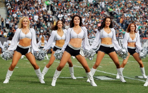 Cheerleaders for the Oakland Raiders are suing the team.